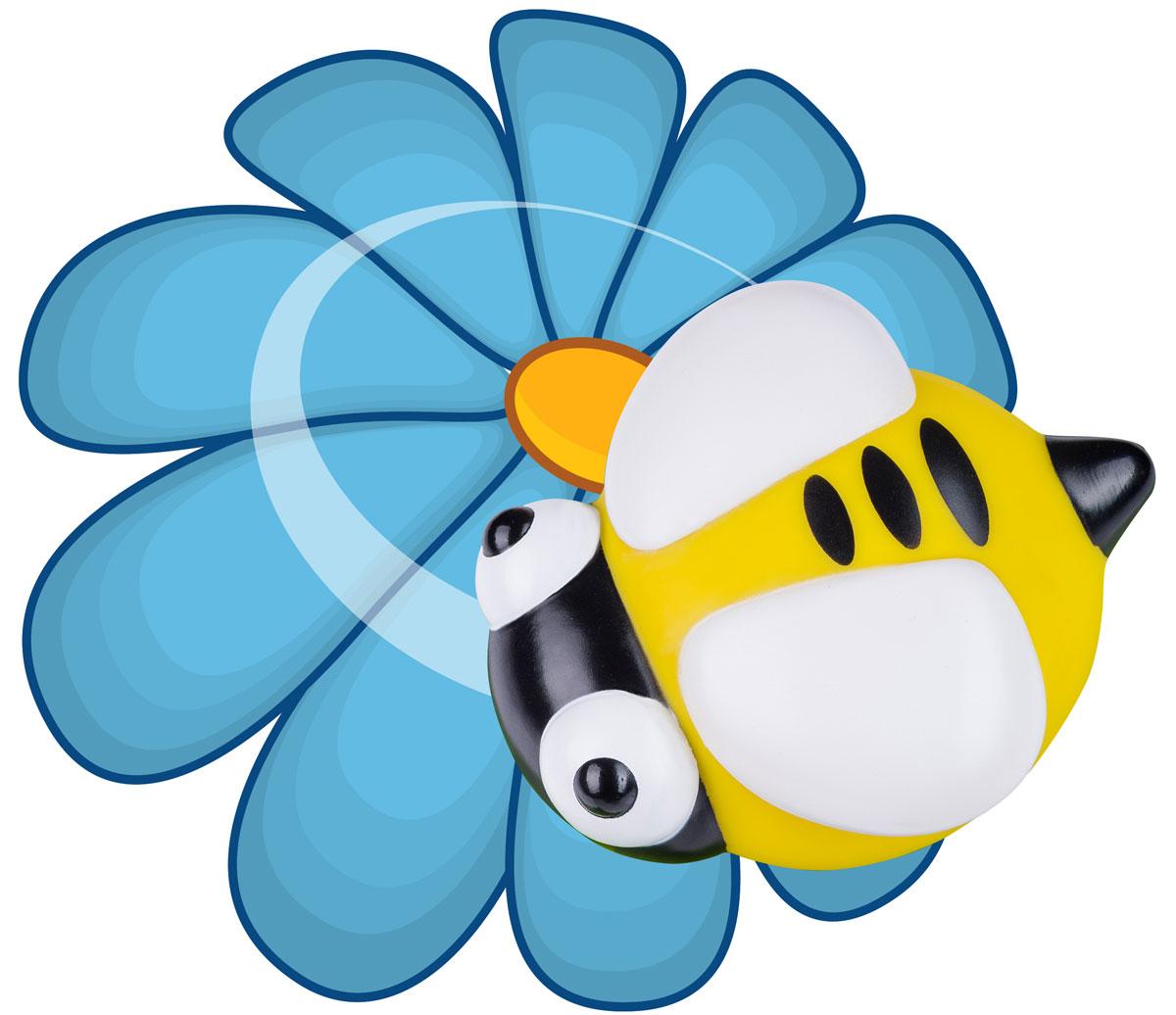 BabyOno Ночник Тук-Тук Пчелка960/03Ночник BabyOno Тук- тук. Пчелка был разработан с мыслью о вашем ребенке. Устройство светильника позволяет закрепить его на стене и снять в любой момент. Дает ребенку возможность спать и засыпать с ним, а также брать с собой во время ночных походов в туалет. Ночник имеет 2 режима, переключаемые путем легкого постукивания по корпусу: постоянный свет и режим дыхания, когда свет постепенно становится ярче, а затем затухает. Светильник имеет функцию автоматического отключения - он самостоятельно выключится по истечении 60 минут работы. В комплект со светильником также входит наклейка с цветочком и инструкция на русском языке. Для работы игрушки необходимы 3 батарейки типа ААА напряжением 1,5V (товар комплектуется демонстрационными).