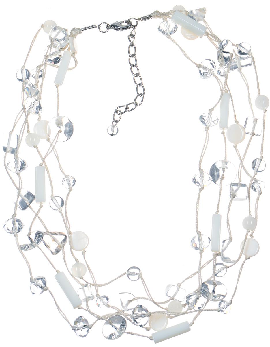 Бусы Art-Silver, цвет: белый. TNL102-641TNL102-641Стильные бусы Art-Silver не оставят равнодушной ни одну любительницу изысканных и необычных украшений. Бусы представляют собой основу из пяти прочных нитей, на которые нанизаны бусины агата цилиндрической формы, перламутра и кристаллы. Бусины и кристаллы тщательно подобраны по форме, размеру и цветовой гамме, благодаря чему они прекрасно гармонируют друг с другом. Изделие застегивается на практичный замок-карабин, длина украшения меняется за счет специальной цепочки. Такие бусы позволят вам с легкостью воплотить самую смелую фантазию и создать собственный неповторимый образ.