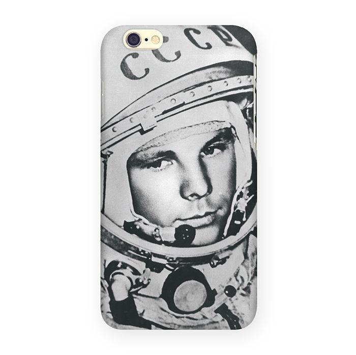 Mitya Veselkov Гагарин чехол для Apple iPhone 6/6sIP6.МITYA-016Превосходный чехол Mitya Veselkov Гагарин создан для любителей заметных аксессуаров. Накладка придаст вашему телефону индивидуальность и послужит прекрасной защитой от ударов и царапин. Чехол также обеспечивает свободный доступ ко всем разъемам и клавишам устройства.