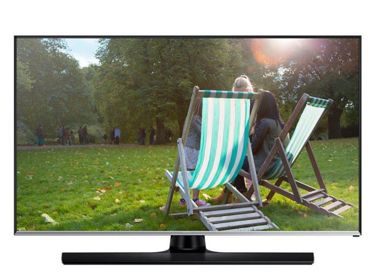 Samsung T32E310 телевизорLT32E310EX/RUSamsung T32E310 - уникальное устройство, которое сочетает в себе плюсы продуктов из двух разных категорий: вы можете смотреть программы ТВ и в любой момент начать или продолжить работу за устройством как за монитором. Наблюдайте за качественной картинкой LED-телевизора Samsung T32E310 с любого угла. Данный LED- телевизор обладает широкими углами обзора, которые составляют 178/178 градусов (по горизонтали / по вертикали). Эти дополнительные 8 градусов позволяют просматривать фильмы или фотографий не жертвуя качеством. Подключите LED-телевизор к ПК и занимайтесь работой во время перерывов на рекламу вашего любимого телешоу. Теперь вам для этого не нужны ни специальный монитор, ни дополнительные кабели питания. Работа и отдых на одном экране! Просто подключите ваш съемный накопитель к вашему телевизору через USB порт. ConnectShare позволяет просматривать фото и проигрывать аудио/видео контент. Телевизор оснащен всеми основными...