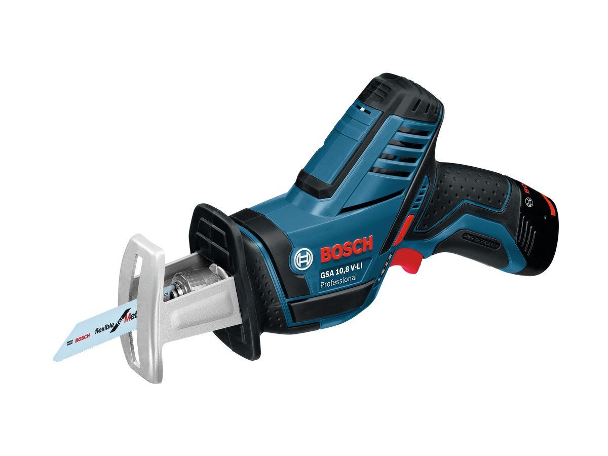 Сабельная пила Bosch GSA 10,8 V-Li L-Boxx, 2 аккумулятора060164L972Характеристики инструмента Система Bosch SDS для быстрой и удобной замены пильных полотен Уникальная литий-ионная технология класса Premium от Bosch для увеличения срока службы и исключительно долгой работы на одной зарядке аккумулятора Bosch Electronic Cell Protection (ECP): система защиты аккумулятора от перегрузки, перегрева и глубокого разряда Практичный индикатор перегрузки предупреждает о возможной перегрузке инструмента при его длительном использовании Встроенная светодиодная подсветка для освещения рабочей зоны в тёмных местах Быстрозарядное устройство AL 1130 CV 2607225134 Крышка для вкладыша для кейса L-BOXX под зарядное устройство 2608438032 Пильное полотно по металлу S 522 EF 2608657726 Пильное полотно Wood and Metal S 511 DF 2608657727 Кейс L-BOXX 102 1/2 вкладыша для кейса L-BOXX под зарядное устройство 1/2 вкладыша для кейса L-BOXX под инструмент 2 аккумулятора Li-Ion емкостью 2,0 А•ч 1 600 Z00 02X