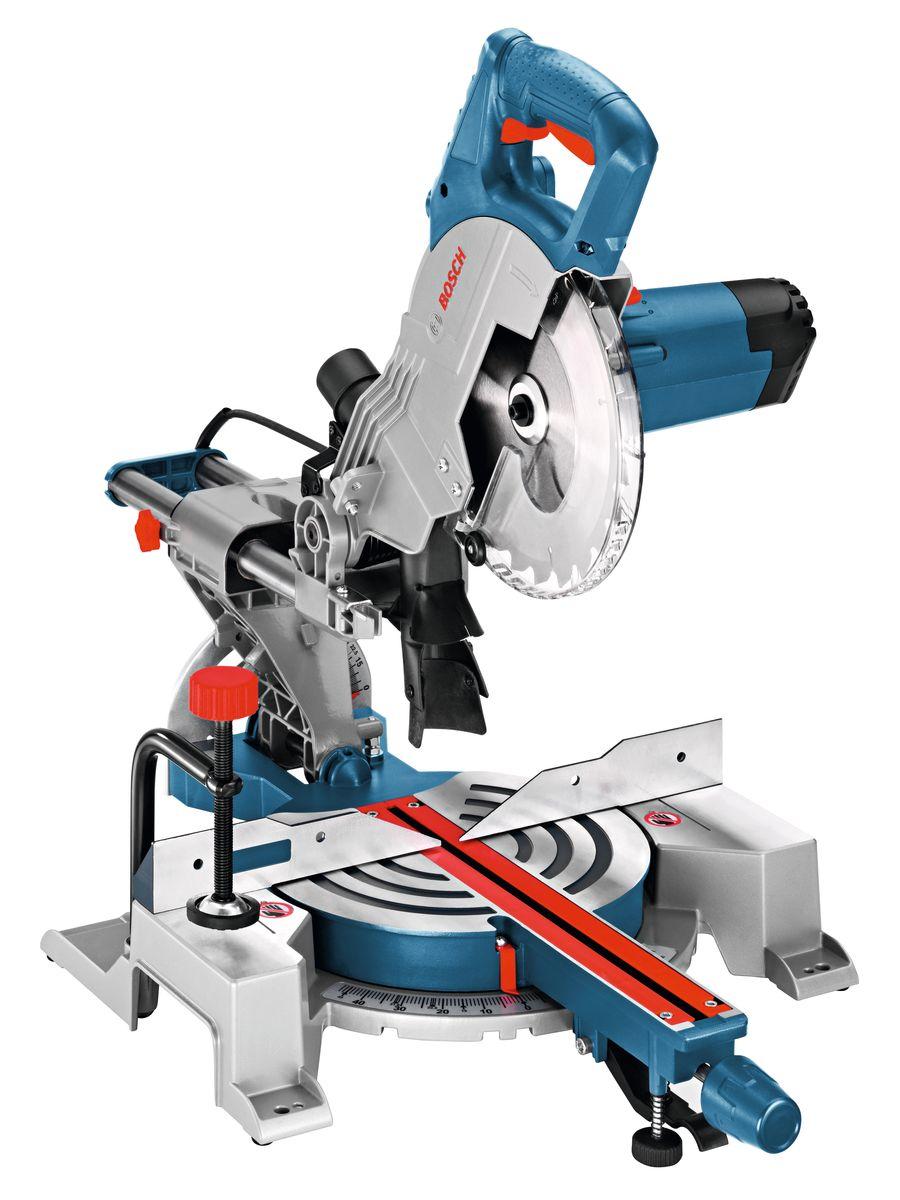 Торцовочная пила Bosch GCM 800 SJ0601B19000Обзор технических характеристик Номинальная потребляемая мощность 1 400 W Производительность резания при 0° 70 x 270 мм Производительность резания, угол скоса 45° 70 x 190 мм Производительность резки, угол 45° 48 x 270 мм Комплектация: Ключ с внутренним шестигранником Пильный диск 216 x 30 мм