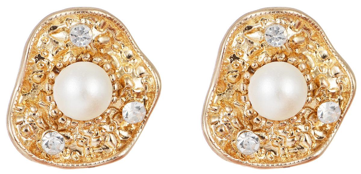 Серьги Taya, цвет: золотистый, перламутровый. T-B-1029T-B-1029-EARR-GL.PEARLОчаровательные серьги современного дизайна Taya изготовлены из металлического сплава. Серьги выполнены в виде ракушек с жемчужиной по центру и тремя кристаллами. В качестве основания изделия используется замок-гвоздик с силиконовыми заглушками, который надежно зафиксирует сережку. Стильные серьги помогут дополнить любой образ и привнести в него завершающий яркий штрих.