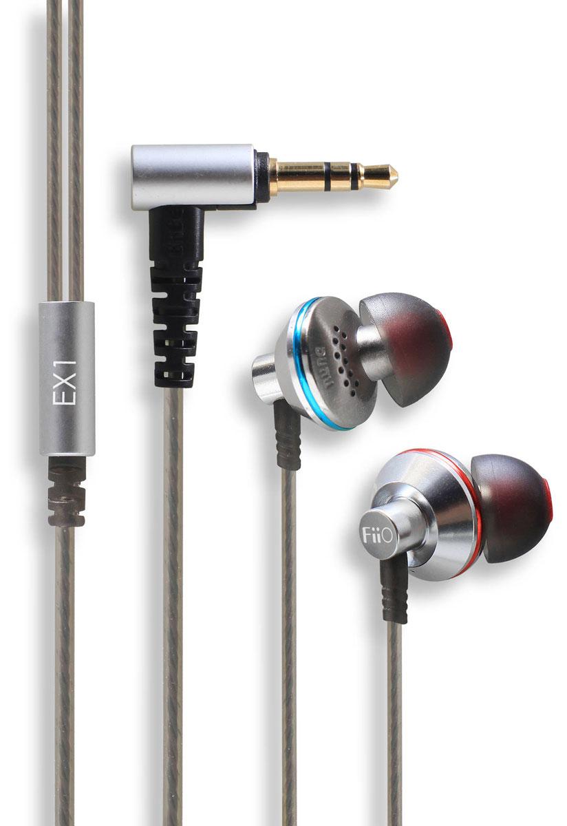 Fiio EX1, Silver наушники15118197Вставные наушники Fiio EX1 имеют специальную эргономичную форму, которая позволяет им надежно и комфортно располагаться в ушах. Повернутые под определенным углом звуководы корпусов имеют небольшой диаметр, и снабжены эластичными насадками. Корпус модели выполнен из стали и авиационного алюминия и обладает превосходными антирезонансными характеристиками. Наушники оборудованы динамическими излучателями диаметром 13 мм, диафрагма которых изготовлена из титана, и обладают расширенным диапазоном рабочих частот. Специальные технологии, примененные при изготовлении излучателей, позволили получить крайне низкие искажения, и сделать звучание FiiO EX1 практически мониторным. Два ряда микроотверстий на тыльной стороне корпусов служат для оптимальной акустической нагрузки излучателей. Кабель имеет 42-жильные проводники из бескислородной меди высокой степени очистки, и усилен кевларовой нитью. Внешняя оболочка провода, выполненная из высокотехнологичного...