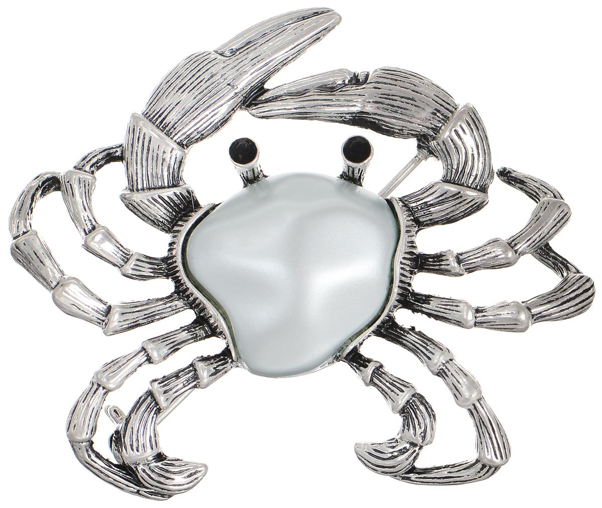 Брошь Selena Street Fashion, цвет: серебристый. 3002655030026550Оригинальная брошь Selena Street Fashion изготовлена из металла с родиевым покрытием. Брошь, выполненная в виде краба, дополнена кристаллами Preciosa и вставкой из искусственного жемчуга. Изделие крепится с помощью замка-булавки. Такая брошь позволит вам с легкостью воплотить самую смелую фантазию и создать собственный неповторимый образ.