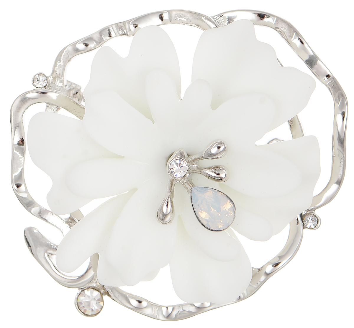 Брошь Selena Audrey, цвет: белый, серебристый. 3002665030026650Роскошная брошь Selena Audrey изготовлена из латуни с родиевым покрытием и керамики в виде цветка. Брошь оформлена кристаллами Preciosa. Изделие крепится с помощью замка-булавки. Такая брошь позволит вам с легкостью воплотить самую смелую фантазию и создать собственный неповторимый образ.