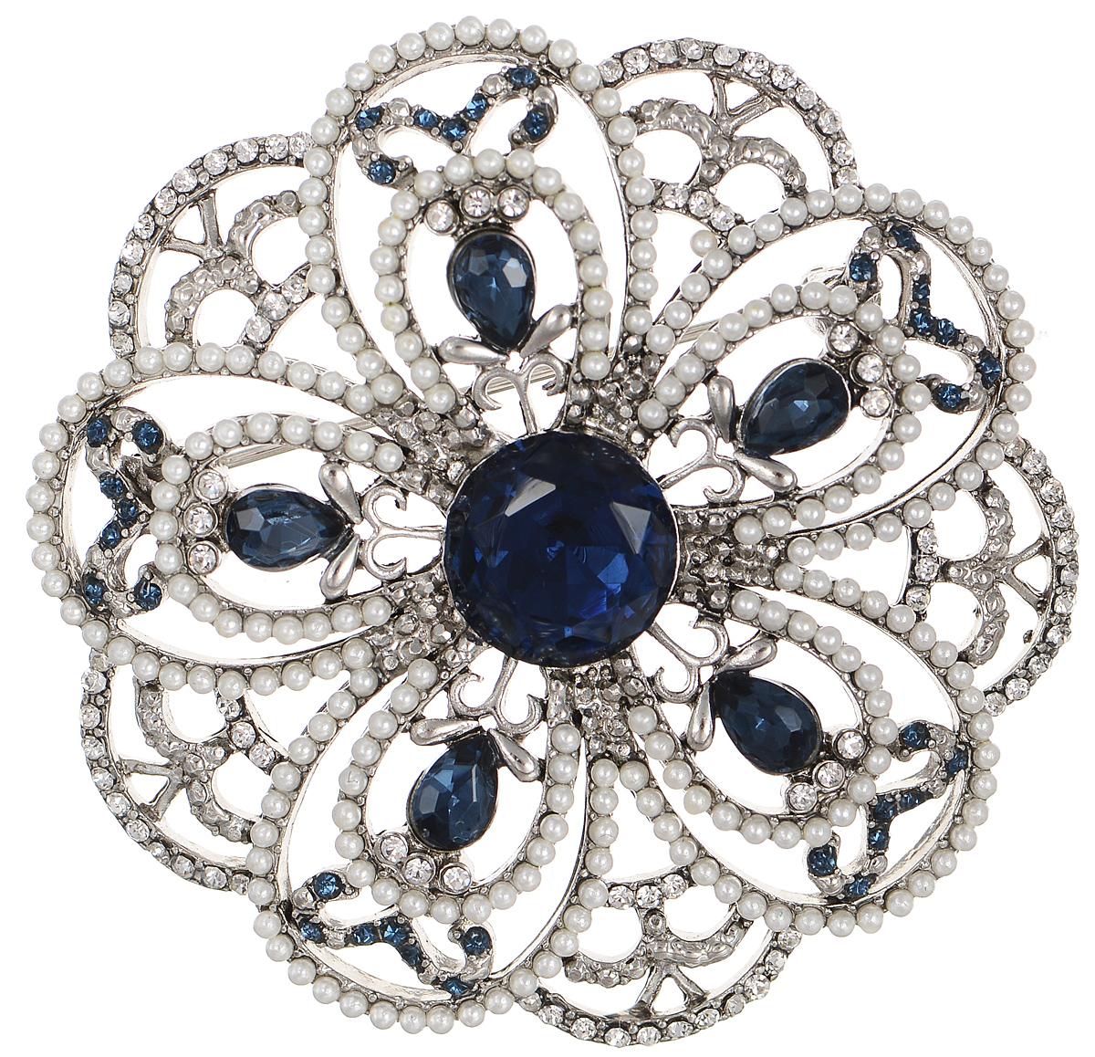 Брошь Selena Street Fashion, цвет: белый, серебристый, синий. 3002699030026990Роскошная брошь Selena Street Fashion изготовлена из латуни с родиевым покрытием. Брошь оформлена кристаллами Preciosa и мелкими бусинами. Изделие крепится с помощью замка-булавки. Такая брошь позволит вам с легкостью воплотить самую смелую фантазию и создать собственный неповторимый образ.