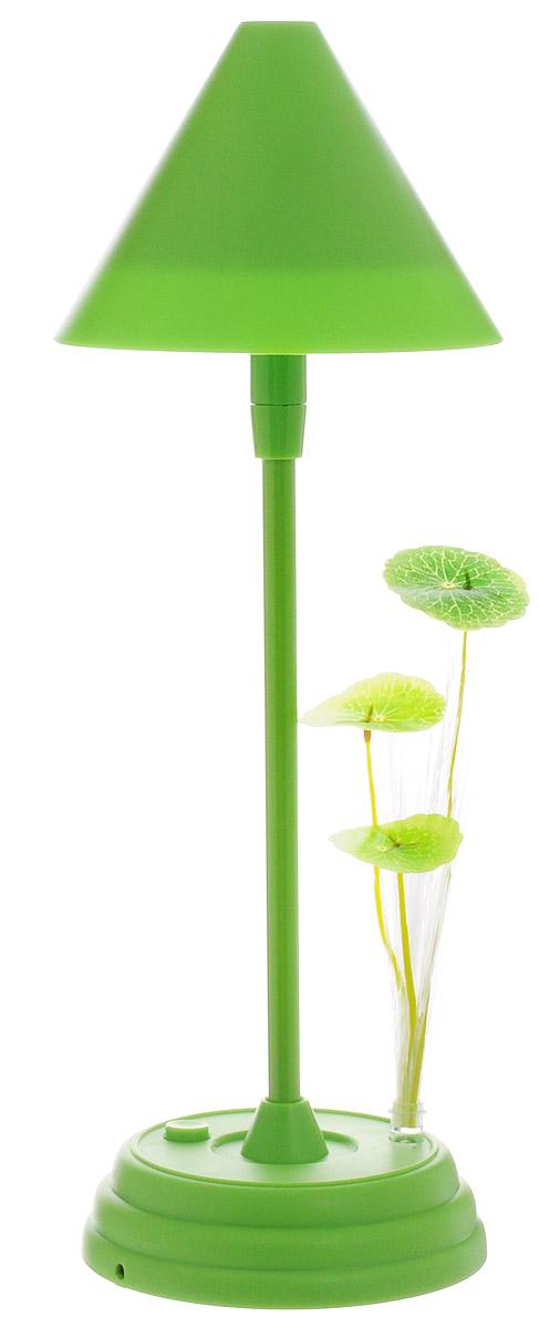 Sima-land Лампа настольная Гриб на поляне цвет салатовый749829_салатовыйСегодня особо ценятся уникальные креативные предметы интерьера, и настольная лампа Гриб на поляне как раз из их числа. Лампа выполнена из качественного пластика в виде высокого гриба, растущего на полянке в окружении листочков. Имеет 2 режима свечения: 16 белых светодиодов в шляпке и разноцветный светодиод, подсвечивающий листочки рядом с грибом. Ваш малыш обрадуется такой интересной вещице, отлично вписывающейся в интерьер детской комнаты. Пусть эта маленькая забавная настольная лампа будет и вашим верным помощником. Оставляйте свет включённым, если ребёнок боится засыпать в темноте, и будьте уверены, что мягкое освещение не помешает ему погрузиться в царство Морфея. Лампа работает от встроенного аккумулятора. Заряжается аккумулятор от порта USB (кабель для зарядки в комплекте).