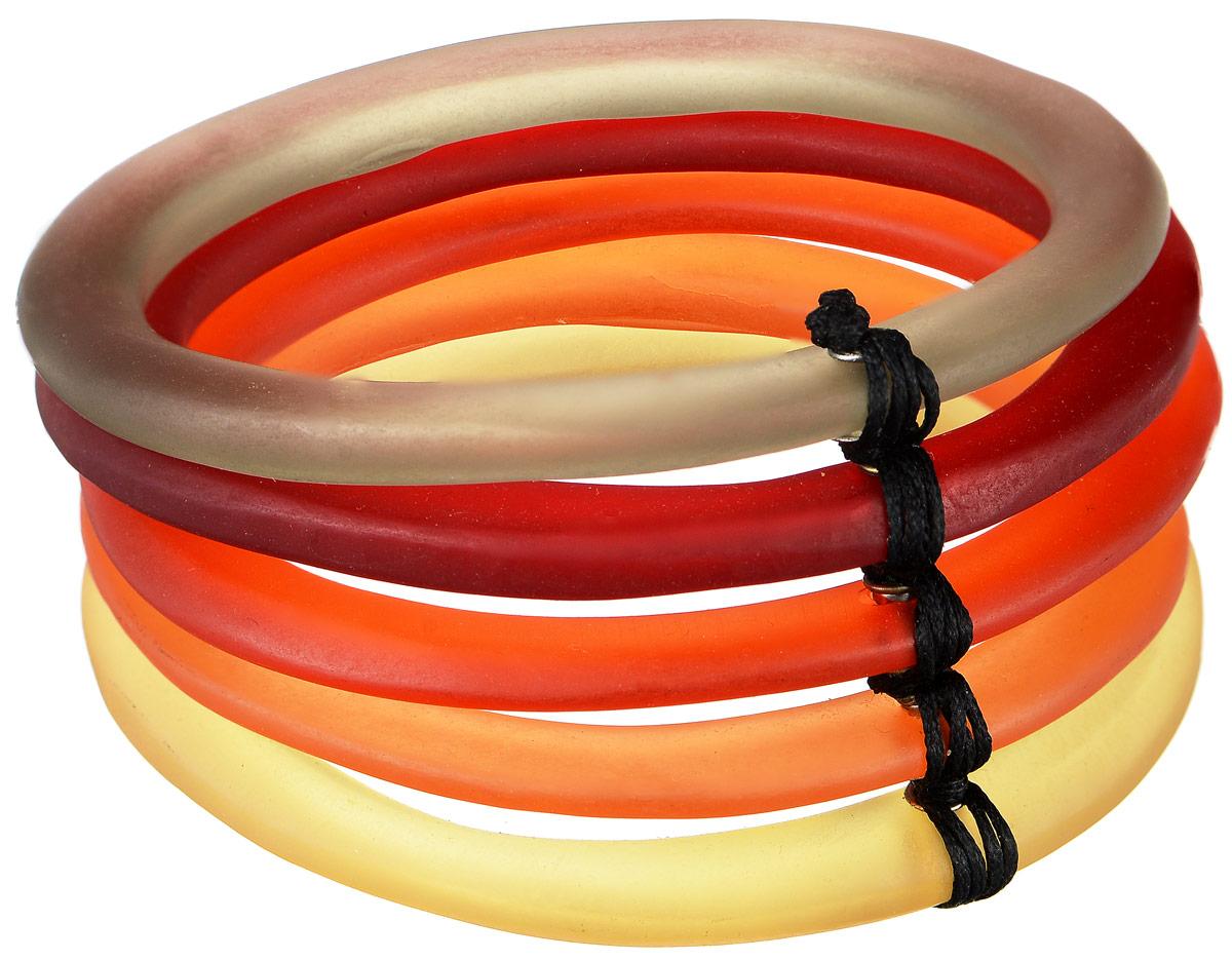Браслет Lalo Treasures One at a Time, цвет: оранжевый, красный, желтый, серый. B2449-2B2449-2Яркое украшение Lalo Treasures One at a Time включает пять разноцветных браслетов из ювелирной смолы с матовой поверхностью, соединенных между собой шнурком из текстиля. Стильное украшение поможет дополнить любой образ и привнести в него завершающий яркий штрих.