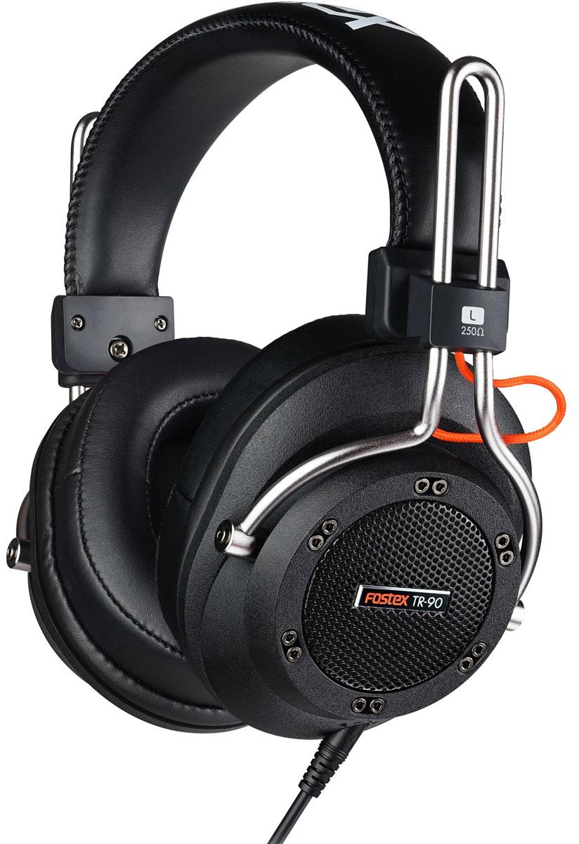 Fostex TR-90 (250 Ом) наушники4995090306315Fostex TR-90 — это усовершенствованные профессиональные динамические наушники из новой линейки. Модель имеет полуоткрытое акустическое оформление и обеспечивает звучание студийного уровня. TR-90 поставляется с двумя видами съёмных кабелей (витой и прямой), а также с двумя наборами амбушюр: стандартной толщины и утолщёнными. Конструкция наушников обеспечивает максимальный комфорт.