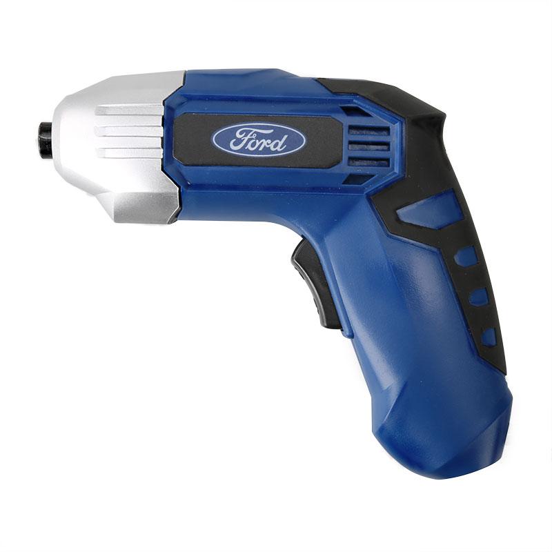 Отвертка аккумуляторная Ford FE1-60-B10000000167Аккумуляторная отвертка Ford FE1-60-B поставляет с набором бит (32 шт.) и в пластиковом кейсе для удобства использования, хранения и транспортировки. Оснащена подсветкой для работы на плохоосвещенных участках. Мощность: 3,6 Вольт Батарея: Li-ion (Литий-ионная) Число оборотов х/х: 180 мин. Крутящий момент Hm: 3 В комплекте: пластиковый кейс, инструкция, набор бит 32 шт.