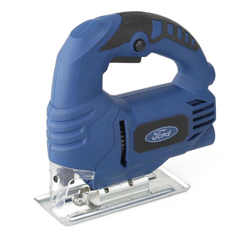 Лобзик электрический Ford FE1-3010000000172Лобзик электрический Ford АУ1-30 используется для выполнения прямолинейных или криволинейных пропилов в деревянных, пластиковых или металлических деталях. Возможность подключения пылесоса для удаления стружки из зоны реза. В комплекте поставки имеются пильные полотна. Мощность: 450 Ватт. Обороты х/х: 2800 мин. Угол пропила: 0-45 град. Глубина пропила: Дерево - 60 мм, металл - 8 мм. Комлпектация: коробка, 1 пилка по дереву.