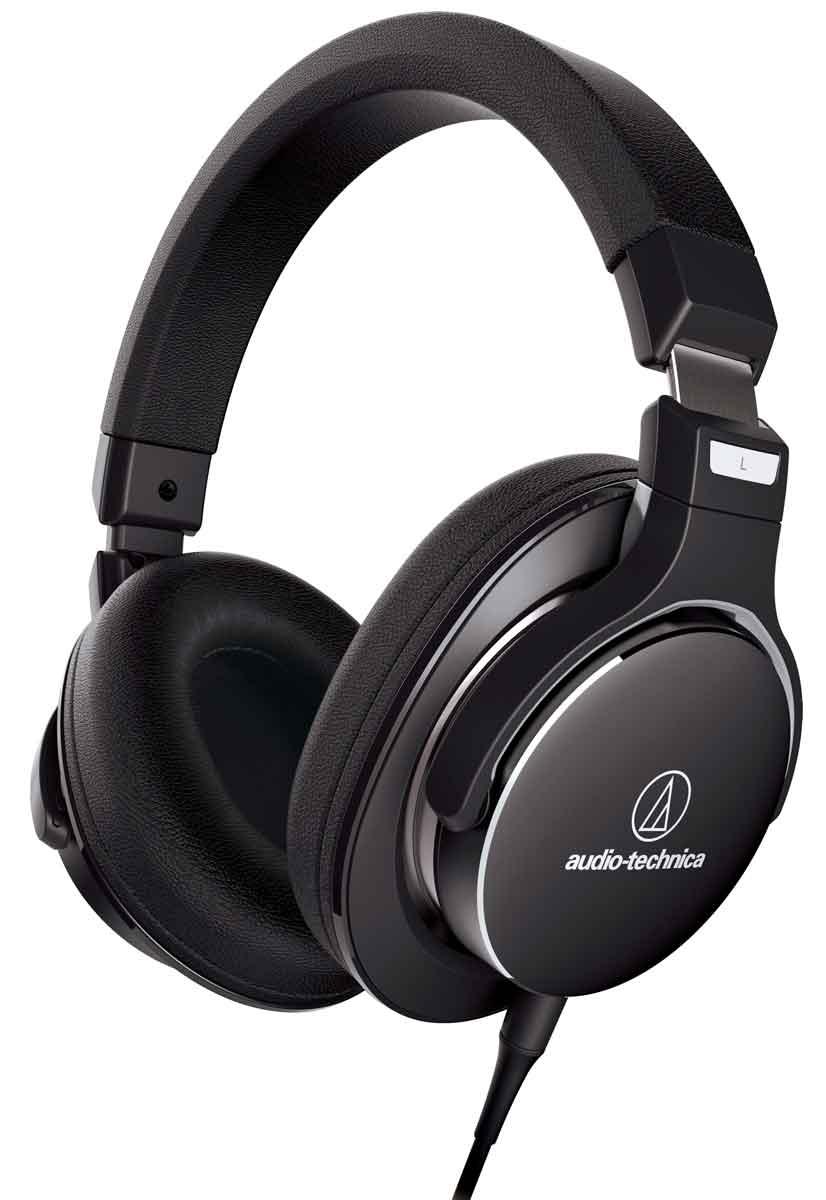 Audio-Technica ATH-MSR7NC наушники10102355Audio-Technica ATH-MSR7NC соединяют в себе наушники для передачи аудио высокого разрешения и всенаправленную систему активного подавления внешних шумов. Такое сочетание позволяет с идеальной ясностью услышать каждую деталь звуковой картины, не искажённой посторонними звуками. Дизайн Audio-Technica ATH-MSR7NC достоин отличного звучания этих наушников. Мягкие амбушюры MSR7 способны запоминать форму уха, сводя давление до минимума и обеспечивая долгие часы комфортного прослушивания. Технология всенаправленного (360°) шумоподавления высочайшей надёжности Идеальны для использования дома, на улице и в путешествиях Мягкие амбушюры с эффектом памяти обеспечивают прекрасную шумоизоляцию и высочайший комфорт при эксплуатации в течение длительного времени Параметры звука в режиме шумоподавления: чувствительность 104 дБ/мВт, сопротивление 150 Ом