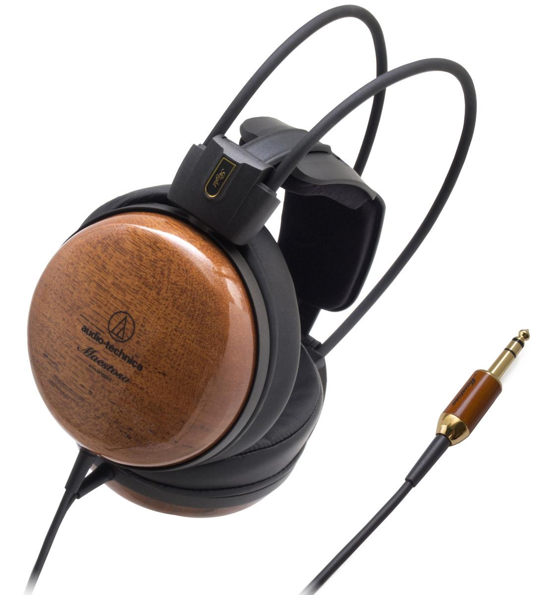 Audio-Technica ATH-W1000Z наушники15118479Audio-Technica ATH-W1000Z – выдающиеся Hi-Fi-наушники со звуком высокого разрешения. Благодаря чашкам из тика, одной из трёх самых ценных пород дерева в мире, эти наушники обеспечивают великолепное тёплое звучание с сочными басами. Кроме того, низкочастотный диапазон расширен за счёт применения эксклюзивной технологии двойного демпфирования вторичных колебаний (D.A.D.S.). 53-миллиметровые драйверы, оснащённые звуковыми катушками с обмоткой из бескислородной меди (OFC-7N), обеспечивают передачу всех нюансов звучания. Лёгкие и при этом очень жёсткие магниевые рамки и дефлекторы помогают уменьшить нежелательные резонансы. Кроме того, резонансы дополнительно гасятся фирменным 3D- креплением наушников, которое также обеспечивает комфортную посадку и позволяет использовать ATH- W1000Z в течение длительного времени. Наушники оснащены 3-метровым двусторонним кабелем с оплёткой из термопластичного эластомера, предотвращающей спутывание.