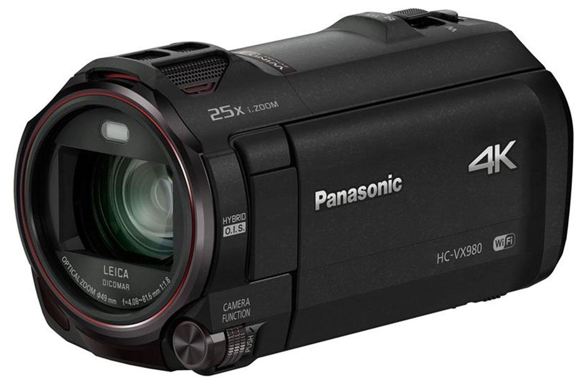 Panasonic HC-VX980, Black 4K видеокамераHC-VX980EE-KПрофессиональное качество, доступное каждому Видеокамера Panasonic HC-VX980 с объективом LEICA Dicomar позволяет добиться безупречного качества фото и видеосъемки в разрешении 4К. А съемка с использованием функции беспроводной мультикамеры превратит отснятые сюжеты в уникальный материал. Независимо от условий съемки, будь то яркий солнечный свет или недостаточное освещение, функция Фильм HDR обеспечит детализацию картинки. Ценные моменты в красках Видеокамера Panasonic HC-VX980 записывает видео с разрешением 4K – это в 4 раза больше, чем у стандарта Full-HD. В любых условиях съемки сцены получатся максимально детализированными и реалистичными. Особые моменты можно запечатлеть в режиме 4K-фото. Плавная смена фокусного расстояния Функция Плавный зум позволяет менять фокусное расстояние без ущерба качеству изображения. Можно наводить зум на объекты в центре кадра и за его пределами, сохраняя угол наклона камеры. Точное...