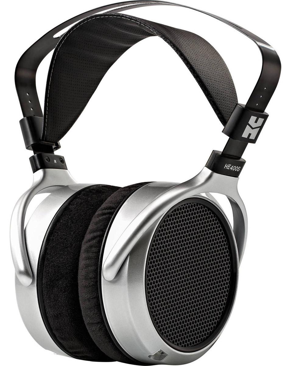 HiFiMAN HE-400s наушники15118241HiFiMAN HE-400s выдают одно из самых высоких значений производительности среди планарных наушников. Модель будет идеально звучать в сочетании с вашим смартфоном и большинством портативных аудиоустройств. HE-400s обеспечивает реалистичную ясность, детализацию звучания, мощный бас и широкую звуковую сцену, что несомненно оценят все аудиофилы. А инновационное оголовье, специально разработанные амбушюры и облегчённая конструкция обеспечивают непередаваемый комфорт, позволяя наслаждаться музыкой в течение многих часов подряд.