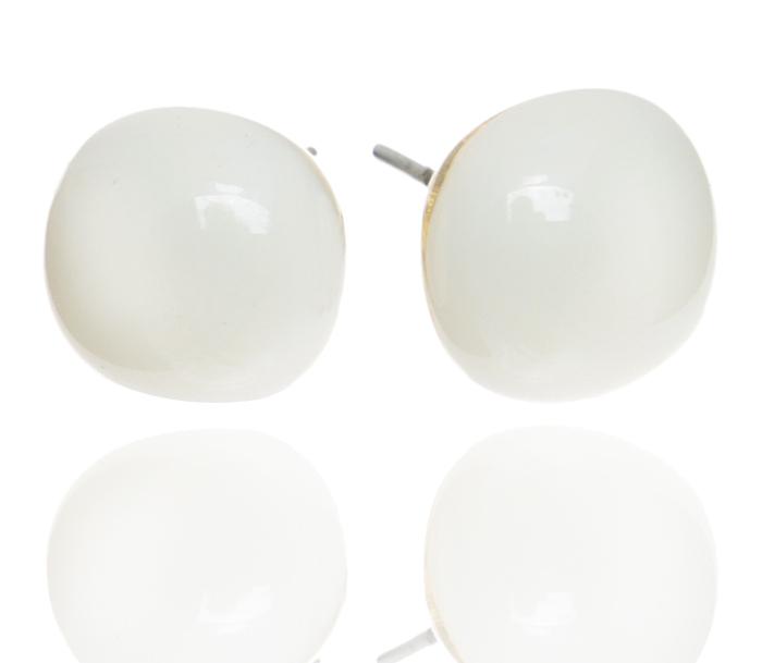 Серьги-пусеты Молочные. Муранское стекло, бижутерный сплав серебряного тона, ручная работа. Murano, Италия (Венеция)MS05359E-OC-A-887Серьги-пусеты Молочные. Муранское стекло, бижутерный сплав серебряного тона, ручная работа. Murano, Италия (Венеция). Размер - диаметр 1 см. Каждое изделие из муранского стекла уникально и может незначительно отличаться от того, что вы видите на фотографии.