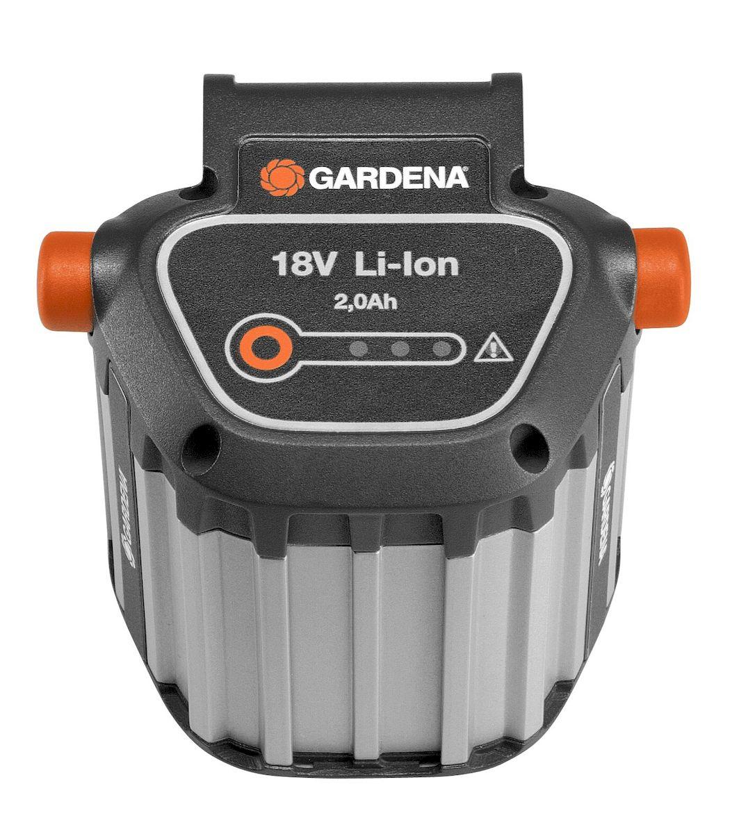Gardena Дополнительный аккумулятор BLi18 для EasyCut09840-20.000.00Мощность 18 В, Емкость аккумулятора - 2.0 Ач, время зарядки около 3 часов, индикатор уровня заряда аккумулятора Power info, алюминиевый корпус. Совместимость с артикулами: 8881, 8877, 8866, 9335, 9823, 9825