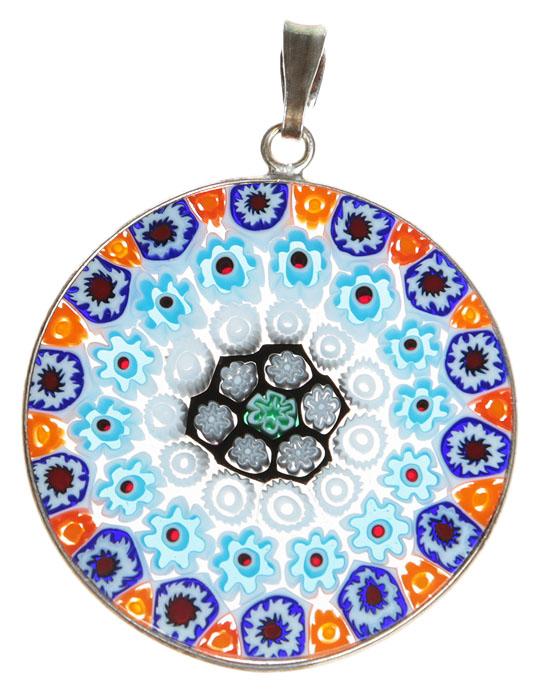 Кулон Миллефиори. Муранское стекло, белый металл, ручная работа. Murano, Италия (Венеция)f683u9b9Кулон Миллефиори. Муранское стекло, белый металл, ручная работа. Murano, Италия (Венеция). Диаметр - 3 см. Оригинальная упаковка. Каждое изделие из муранского стекла уникально и может незначительно отличаться от того, что вы видите на фотографии.