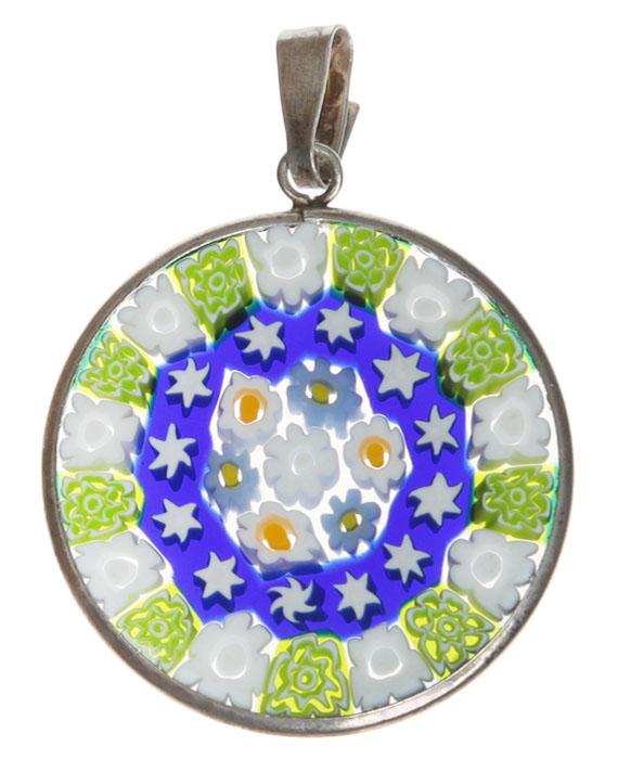 Кулон Миллефиори. Муранское стекло, белый металл, ручная работа. Murano, Италия (Венеция)yst10Кулон Миллефиори. Муранское стекло, белый металл, ручная работа. Murano, Италия (Венеция). Диаметр - 2,5 см. Оригинальная упаковка. Каждое изделие из муранского стекла уникально и может незначительно отличаться от того, что вы видите на фотографии.