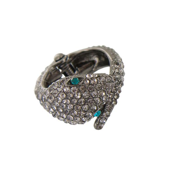 Кольцо женское Taya, цвет: хематит. T-B-3780-RING-HEMATITET-B-3780-RING-HEMATITEКольцо в виде головы змеи с яркими блестящими глазами. Немного хищное, но очень красивое. Размеры: Безразмерное. Ширина 1,7 см.
