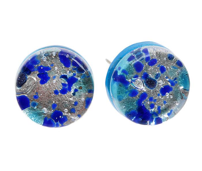 Серьги-пусеты Морской бриз. Муранское стекло, бижутерный сплав серебряного тона, ручная работа. Murano, Италия (Венеция)r66530a6Серьги-пусеты Морской бриз. Муранское стекло, бижутерный сплав серебряного тона, ручная работа. Murano, Италия (Венеция). Размер - диаметр 1,5 см. Каждое изделие из муранского стекла уникально и может незначительно отличаться от того, что вы видите на фотографии.
