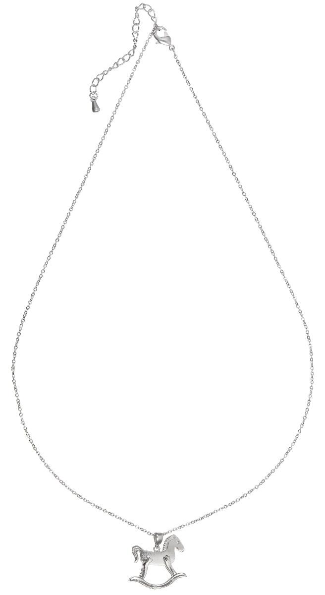 Подвеска Kawaii Factory Gee-Gee, цвет: серебристый. KW091-000190KW091-000190Изысканная невесомая подвеска Gee-Gee от Kawaii Factory изготовлена из металлического сплава. Оригинальный, молодежный дизайн модели привлекает внимание. Подвеска выполнена в виде маленькой лошадки-качалки. Тонкая цепочка застегивается на небольшой карабин. Изделие смотрится очень женственно и нежно.