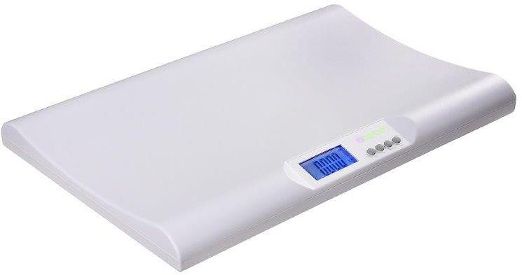Bremed Детские весы электронные0001531Технические характеристики Кнопка памяти Ультратонкие, с вогнутой платформой Матовая поверхность для предотвращения соскальзывания ребенка Нетоксичные материалы ABS Пересчет килограмм в фунты Жидкокристаллический экран: 69 x 32.5мм Автоматическое выключение Датчик низкого заряда батареи Нагрузка: 0.02-18кг / 1 унция -40фунтов Деление: 5г/ ? унции Питание: батареи 2x AA Размер прибора: 540 x 345 x 57 мм Работает от пальчиковых батареек Весы для взвешивания младенцев БРЕМЕД. Многофункциональные детские весы Bremed BD7760 это идеальный вариант для отслеживания динамичности набора веса младенцем. Модель изготовлена из нетоксичного пластика, имеет очень тонкий размер и специально вогнутую поверхность, для того чтобы удобно было лежать малышу. Чтобы ребенок не соскользнул, пластик покрыт матовым покрытием. Кроме измерения собственно веса и отображении его на жидкокристаллическом дисплее, Bremed BD7760 позволяет сравнить вес перед...