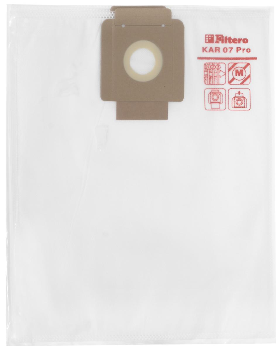 Filtero KAR 07 Pro комплект пылесборников для промышленных пылесосов, 5 штKAR 07 (5) ProМешки для промышленных пылесосов Filtero KAR 07 Pro, трехслойные, произведены из синтетического микроволокна MicroFib. Прочность синтетических мешков Filtero KAR 07 Pro превосходит любые бумажные мешки- аналоги, даже если это оригинальные бумажные мешки всемирно известных марок. Вы можете быть уверены: заклепки, гвозди, шурупы, битое стекло, острые камни и прочее не смогут прорвать мешки Filtero Pro. Мешки Filtero Pro не боятся влаги, и даже вода, попавшая в мешок, не помешает вам произвести качественную уборку! Мешки Filtero Pro предназначены для уборки пыли класса М. Подходят для следующих моделей пылесосов: COLUMBUS: RS 27 ST 1000 COMAC: CA 15 Eco FIORENTINI: BABY KARCHER: BV 5/1 T 7/1 T 9/1 T 10/1 NILFISK-Alto: Saltix 10 SPRINTUS: T 11 VIPER: DV 10