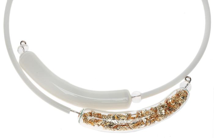 Колье Золотое лето. Муранское стекло, каучук, ручная работа. Murano, Италия (Венеция)MS06095R-T-A-522Колье Золотое лето. Муранское стекло, каучук, ручная работа. Murano, Италия (Венеция). Размер: диаметр 13 см, размер регулируется. Каждое изделие из муранского стекла уникально и может незначительно отличаться от того, что вы видите на фотографии.