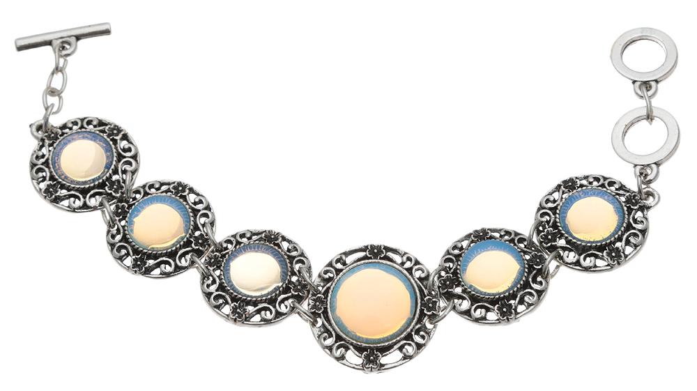 Браслет Лунная фантазия от D.Mari. Натуральный лунный камень (прессованная крошка), бижутерный сплав серебряного тона. ГонконгP4509-1Браслет Лунная фантазия от D.Mari. Натуральный лунный камень (прессованная крошка), бижутерный сплав серебряного тона. Гонконг. Размер - полная длина 17-21 см, размер регулируется за счет застежки-цепочки.