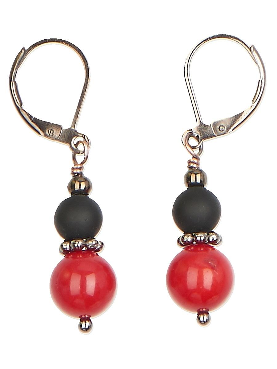 Серьги Polina Selezneva Шарики, цвет: красный, черный. 004-1109004-1109Серьги Шарики выполнены из сплава и шариков коралла и шунгита различных размеров, расположенных друг над другом.