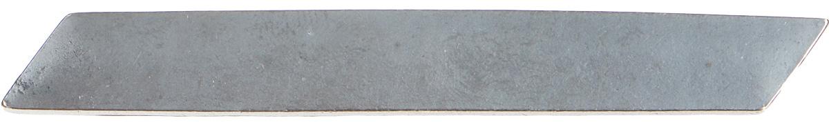 Брошь Jenavi Mona. Граммор, цвет: серый. k481o690k481o690Стильная брошь от Jenavi Mona. Граммор изготовлена из качественного металла с покрытием из черного оксида. Брошь выполнена в прямоугольной форме и дополнена фирменным тиснением на обратной стороне. Изделие фиксируется на одежде с помощью надежного замка-булавки. Такая брошь идеально дополнит ваш образ и подчеркнет вашу индивидуальность.