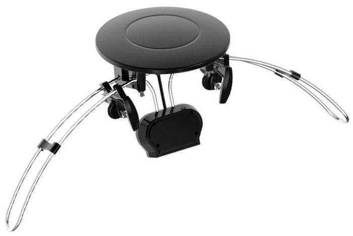 Cadena AV-161UV02 телевизионная антеннаAV-161UV02Телевизионная наружная антенна Cadena AV-161UV02 со встроенным усилителем предназначена для приема сигналов цифрового эфирного телевидения DVB-T2 и аналогового телевизионного сигнала. Наличие встроенного малошумящего усилителя позволяет использовать антенну в зонах с различным уровнем телевизионного сигнала. Антенна имеет винтовые зажимы для крепления за внешний край спутниковой антенны. Корпус антенны имеет всеклиматическое исполнение. Питание антенного усилителя осуществляется от спутникового приемника. Диапазон рабочих частот МВ: 87.5 - 230 МГц Диапазон рабочих частот ДМВ: 470 - 862 МГц Максимальное усиление: 28 дБ Волновое сопротивление: 75 Ом Коэффициент шума усилителя: не более 3 дБ