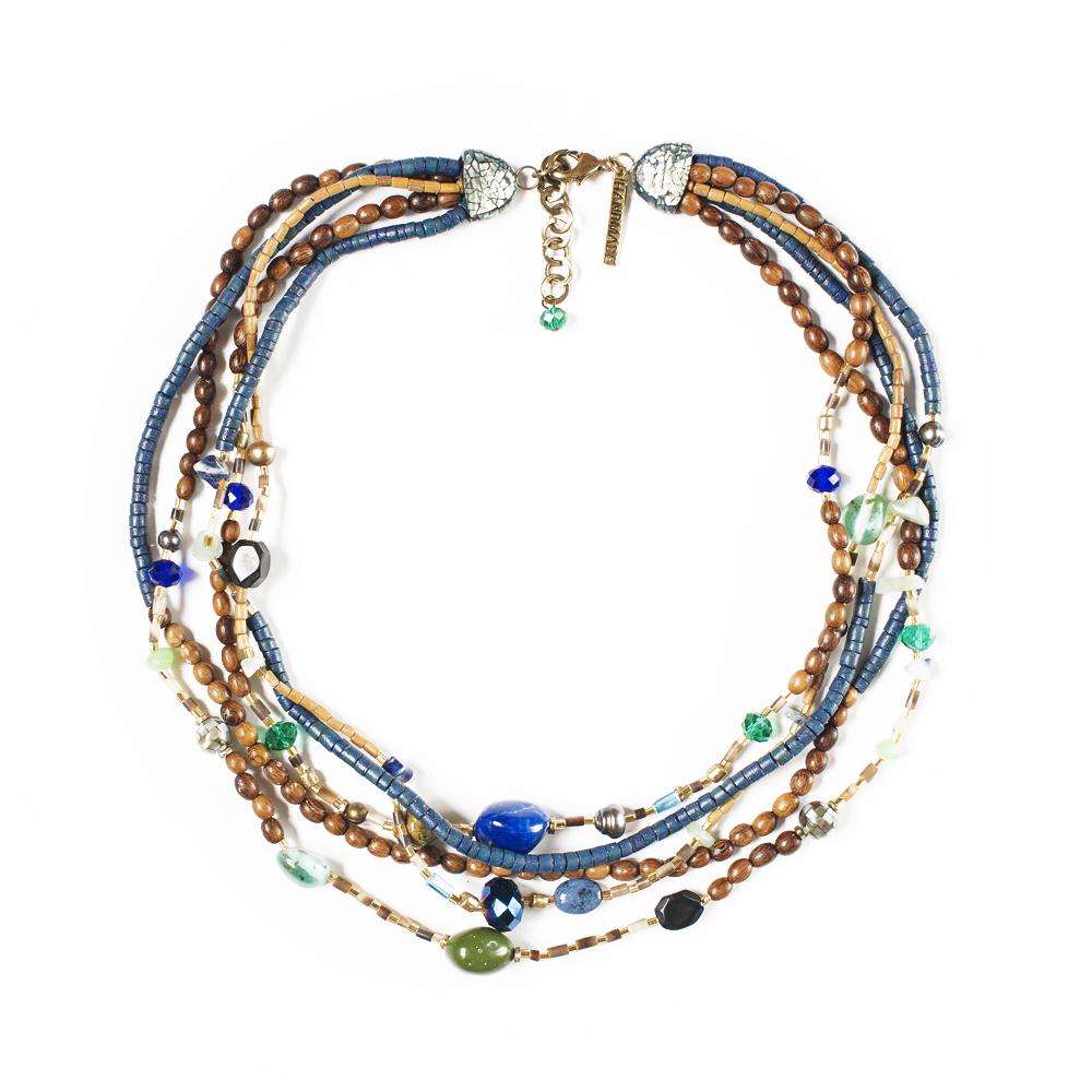 Колье Selena Enigma, цвет: зеленый, коричневый, синий. 1009268110092681Пальмовое дерево, лазурит, нефрит, бисер, перламутр, кристаллы Preciosa. Гальваническое покрытие: золото, длина колье 45-50 см ширина 4 см