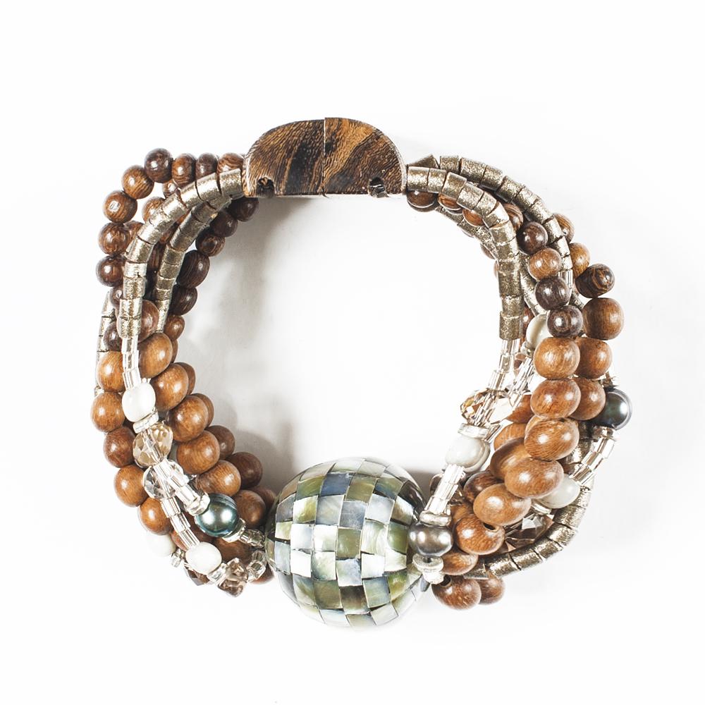 Браслет Selena Enigma, цвет: зеленый, коричневый, зеленый. 4005466040054660Пальмовое дерево, перламутр, раухтопаз, искусственный жемчуг, бисер, кристаллы Preciosa, длина браслета 22 см ширина 3,5 см