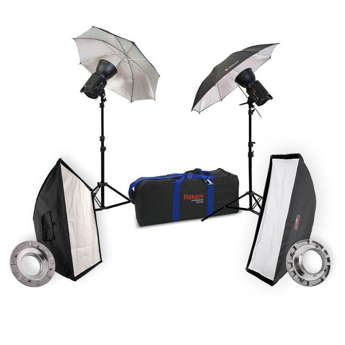 Rekam HaloSuper-1K UB & SB Kit 5 комплект галогенных осветителейHaloSuper-1K UB & SB Kit 5Rekam HaloSuper-1K UB & SB Kit 5 - это небольшая и достаточно функциональная фото-видео студия. Она удобно упакована в эргономичную сумку. Этот комплект подходит как для любительской фото-видео сьемки, так и для профессиональной. Для фотографов, которые в большей части используют постоянный свет, такой набор станет оптимальным.