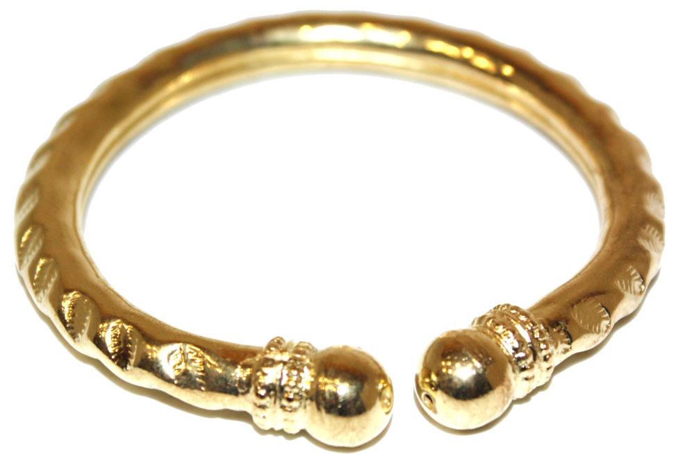 Браслет Ethnica, цвет: золотой. 314120314120-золотойЛаконичный браслет Ethnica выполнен из металла и оформлен в восточном стиле.