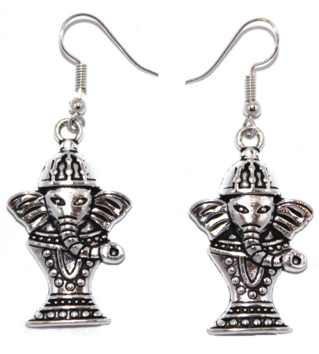 Серьги Ethnica Слоны, цвет: серебряный. 318030_1318030-серебряный-1Серьги Ethnica Слоны выполнены из металла в форме слонов. Изделие оснащено удобным замком-петлей.