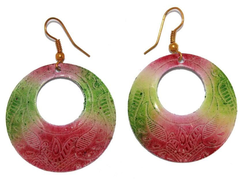 Серьги Ethnica, цвет: мультиколор. 323055_1323055-мультиколор-1Серьги Ethnica выполнены из металла и декорированы эмалью. Изделие оснащено удобным замком-петлей.