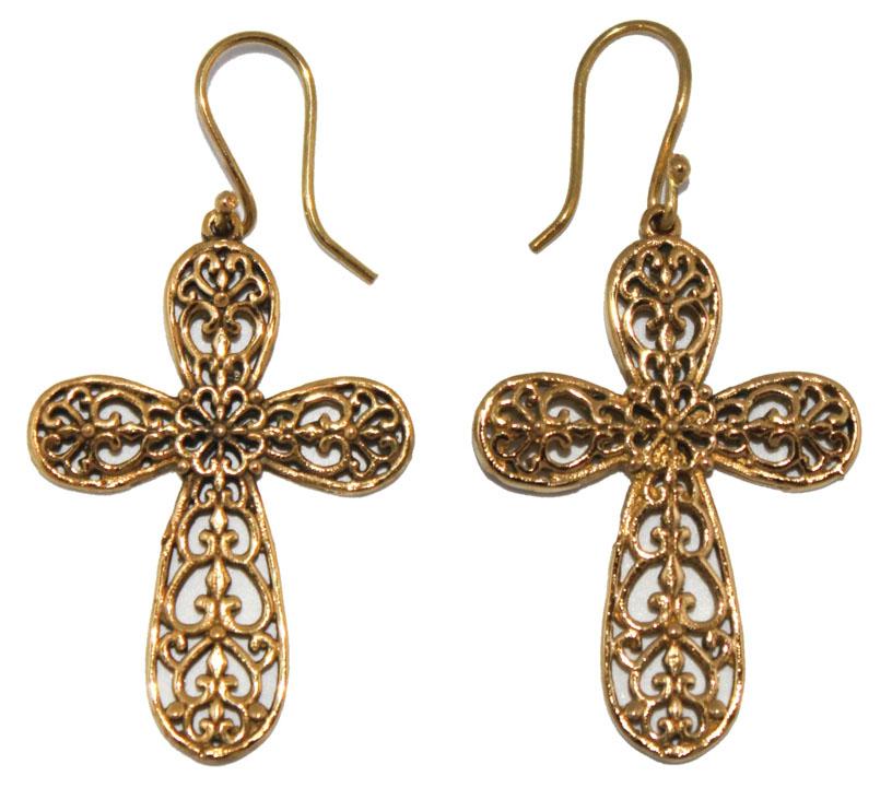Серьги Ethnica, цвет: золотой. 329070329070-золотойСерьги Ethnica выполнены из металла в виде крестов. Изделие оснащено удобным замком-петлей.