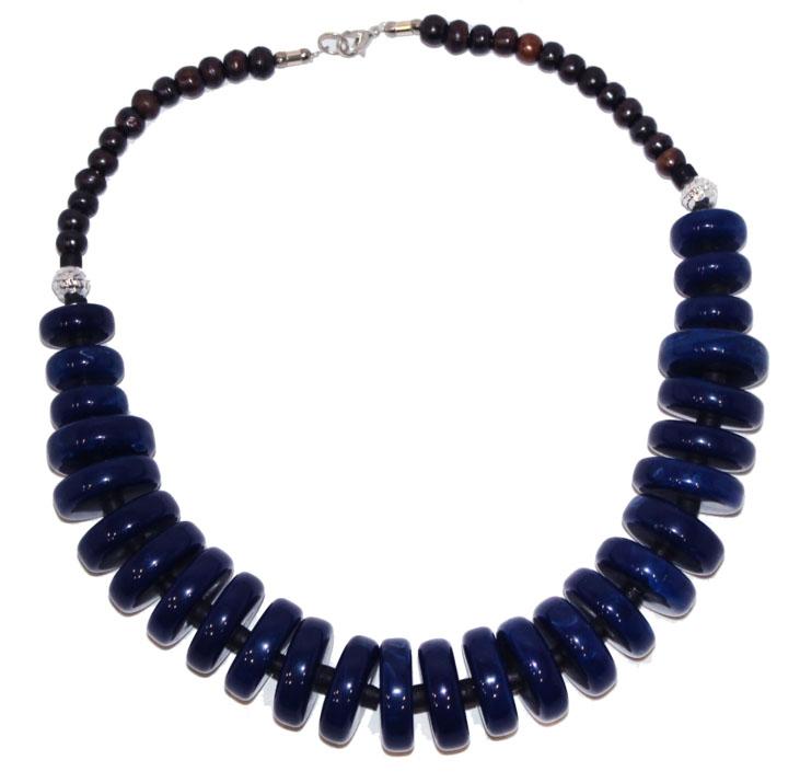 Бусы Ethnica, цвет: синий. 350150350150-синийРоскошные бусы от Ethnica выполнены в виде колец разного диаметра. Изделие застегивается на замок-карабин.
