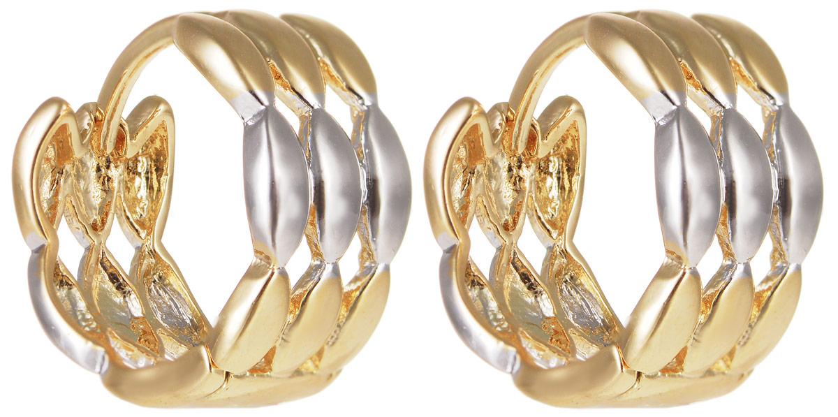 Серьги Taya, цвет: золотистый, серебристый. T-B-11699T-B-11699-EARR-GL.SILVERЭлегантные серьги Taya выполнены из бижутерного сплава и оформлены оригинальным дизайном. Застегивается изделие с помощью замка-конго. Такие серьги внесут изюминку, как в повседневный, так и в выходной образ и позволят выделиться среди окружающих.