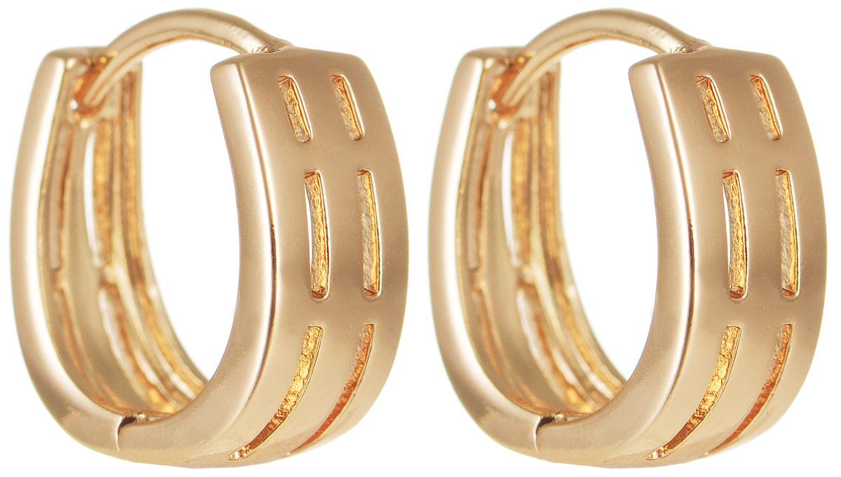 Серьги Taya, цвет: золотистый. T-B-11674T-B-11674-EARR-GOLDОригинальные серьги Taya выполнены из бижутерного сплава и оформлены интересным дизайном. Оснащено изделие практичным замком- конго. Серьги Taya блестяще подчеркнут ваш стиль и помогут внести разнообразие в привычный образ.