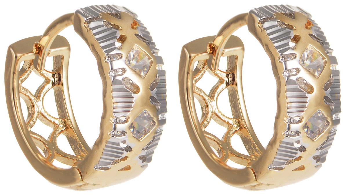 Серьги Taya, цвет: золотистый, серебристый. T-B-11654T-B-11654-EARR-GOLDМодные серьги Taya выполнены из бижутерного сплава и оформлены вставками из циркона. Изделие оснащено практичным замком-конго. Серьги Taya блестяще подчеркнут ваш стиль и помогут внести разнообразие в привычный образ.