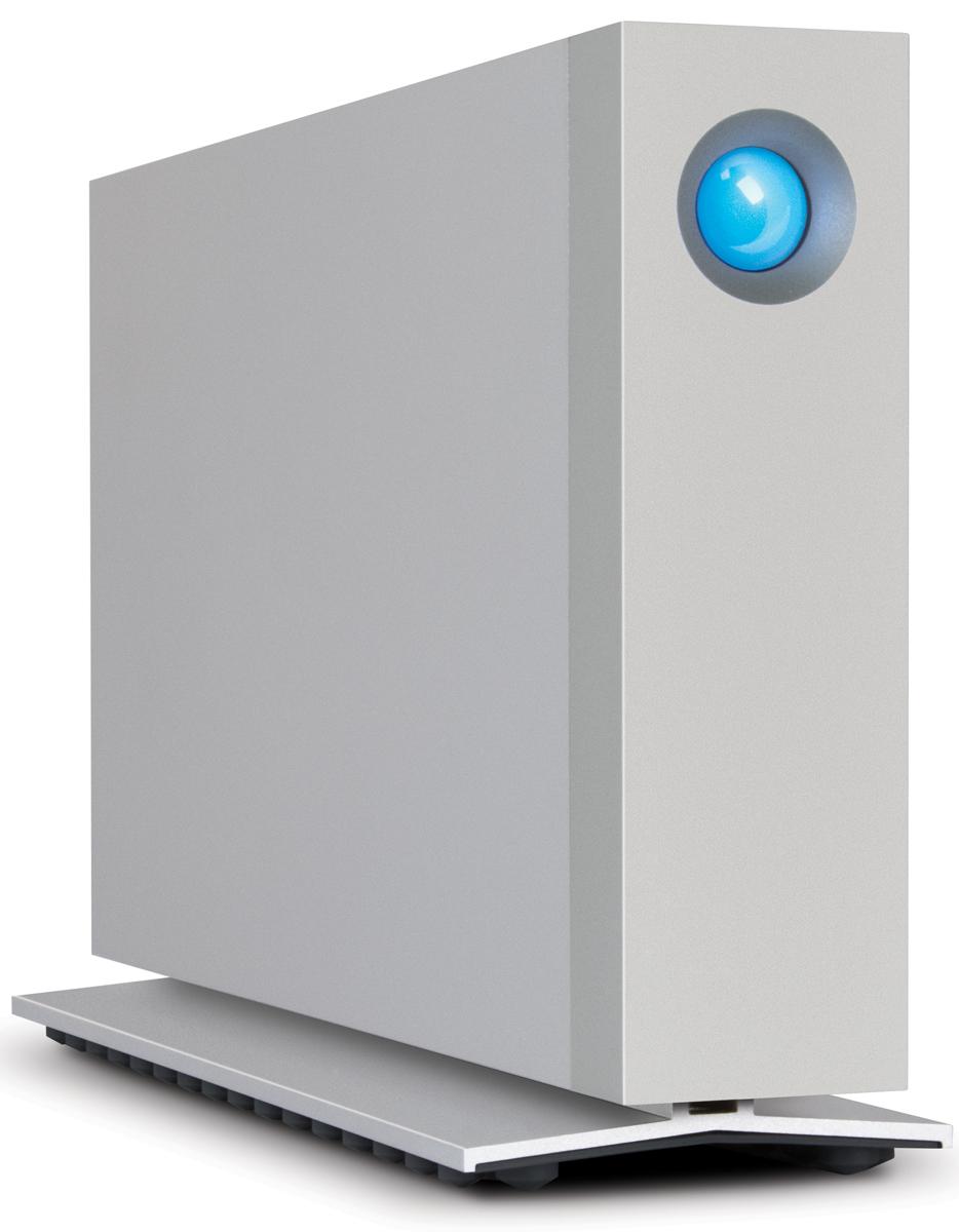 LaCie d2 Thunderbolt2 3TB внешний жесткий диск (LAC9000492EK)LAC9000492EKВ устройстве d2 компания LaCie модернизировала проверенный временем дизайн. Благодаря Thunderbolt 2, USB 3.0, а также встроенному профессиональному накопителю Seagate ёмкостью 3 ТБ и скорости вращения шпинделя 7200 об/мин модель LaCie d2 может похвастаться превосходной производительностью при работе с ёмкими файлами. Скорость можно увеличить до 1150 Мбайт/с и добавить 128 ГБ SSD-памяти, установив LaCie d2 SSD Upgrade (продается отдельно). Кроме того, LaCie d2 имеет цельный инновационный корпус, выполненный из алюминия, что обеспечивает невероятную долговечность и уменьшает вибрирование. Варианты использования: - Электронная библиотека для хранения данных: огромная ёмкость и высокая скорость делают этот продукт идеальным решением для хранения и просмотра RAW-файлов в Adobe Lightroom; - Микширование звука: LaCie d2 Thunderbolt 2 станет оптимальным решением для аудиопроектов после установки d2 SSD Upgrade. Скорость SSD-накопителя позволяет...
