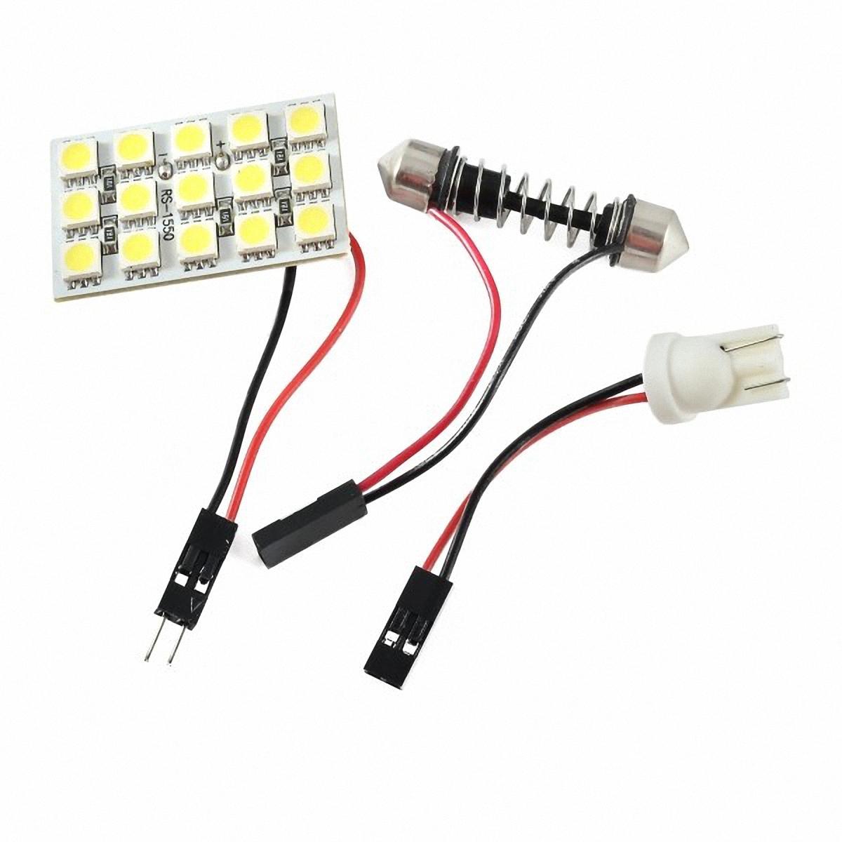 Skyway Панель светодиодная 15 SMD диодов Белая. SCX-1550SCX-1550Светодиодные панели имеют значительно больший срок службы, потребляют намного меньше электроэнергии и выдают свет значительно мягче и ровнее, чем те же люминесцентные лампы, не говоря уже о лампах накаливания. Они очень удобны, легко вставляются и достаточно практичны.