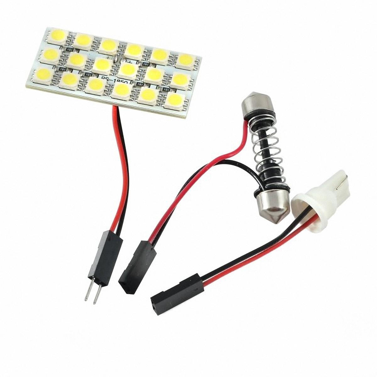 Skyway Панель светодиодная 18 SMD диодов Белая. SCX-1850SCX-1850Светодиодные панели имеют значительно больший срок службы, потребляют намного меньше электроэнергии и выдают свет значительно мягче и ровнее, чем те же люминесцентные лампы, не говоря уже о лампах накаливания. Они очень удобны, легко вставляются и достаточно практичны.
