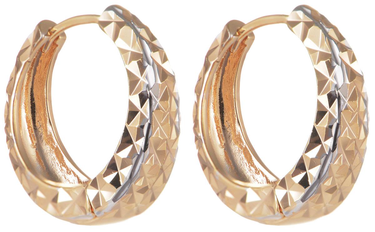 Серьги Taya, цвет: золотистый, серебристый. T-B-11681T-B-11681-EARR-GOLDЭлегантные серьги Taya выполнены из бижутерного сплава и оформлены оригинальным дизайном. Застегивается изделие с помощью замка-конго. Такие серьги внесут изюминку, как в повседневный, так и в выходной образ и позволят выделиться среди окружающих.