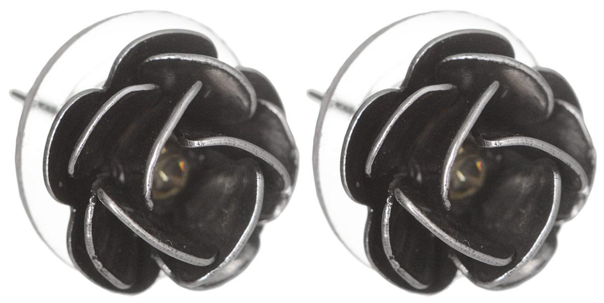 Серьги YusliQ Розы. Ручная авторская работа. 20082008Авторские серьги ручной работы YusliQ выполненные из металла в виде розочек и инкрустированные разноцветными стразами. Изделие оснащено удобным замком-гвоздиком. Застежка выполнена из металла и пластика. Серьги из серии Кэжуал добавят оригинальности в ваш повседневный образ. Эти сережки придутся по вкусу любительнице стильных аксессуаров.